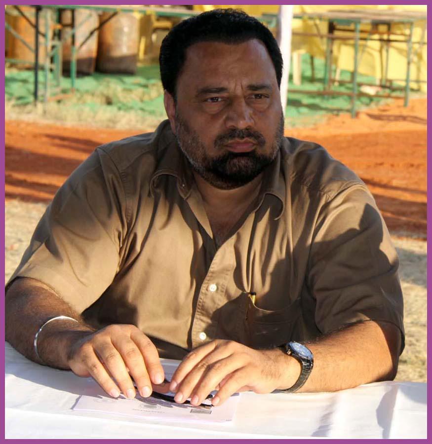 dr-Rajinder-Singh-Gill-shehnai-player-client